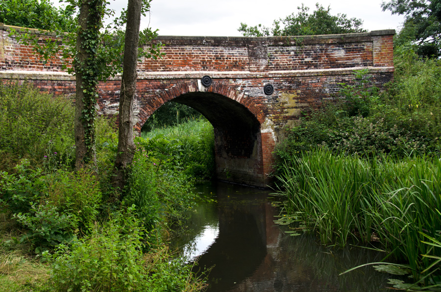 gallery_canal_11_Honing_Bridge_Honing