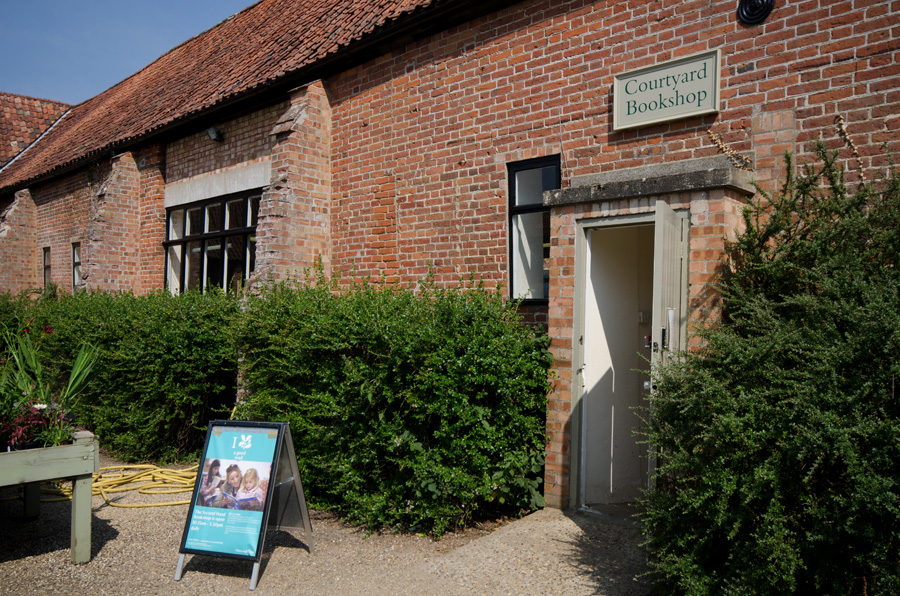 gallery_literary_24_Courtyard_Bookshop_Blickling_Hall