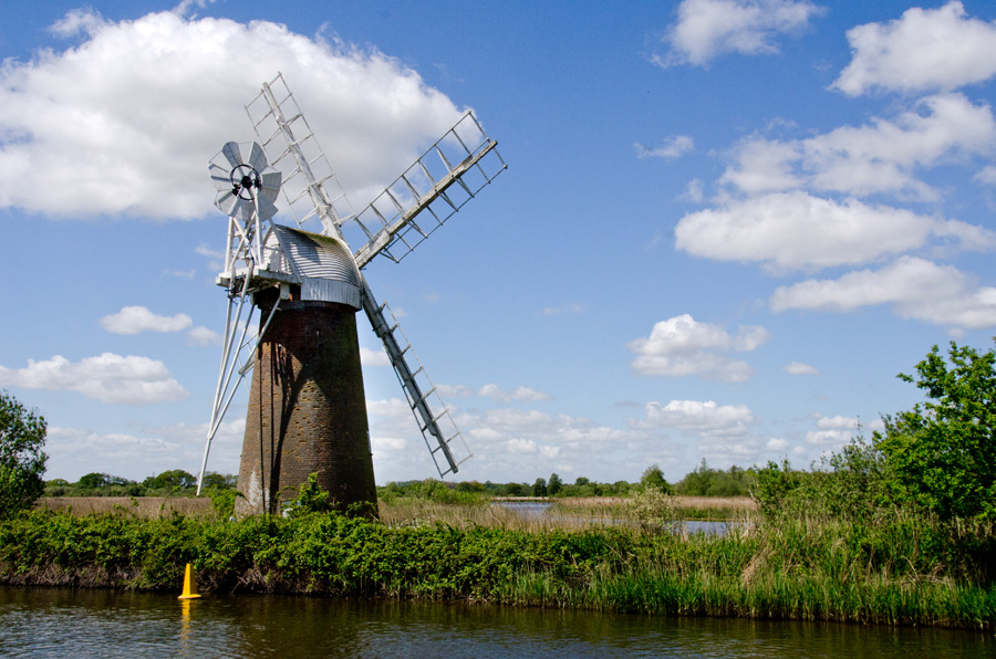 gallery_mills_02_Turf_Fen_Drainage_Mill_How_Hill