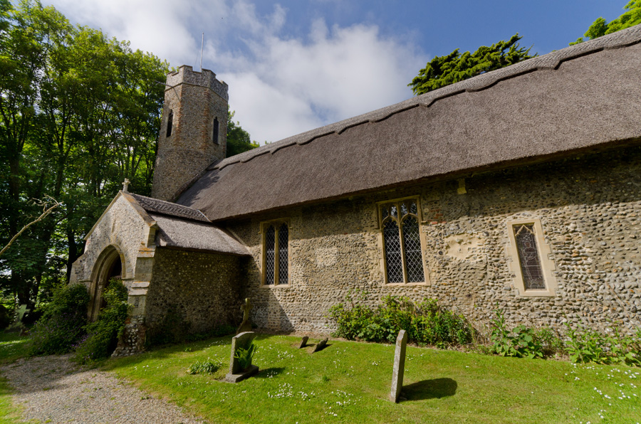 gallery_mills_21_Horsey_Church_Circular_Walk